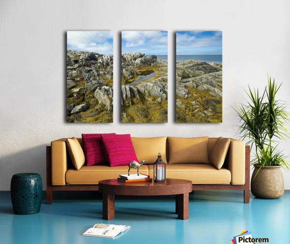Shoreline along the Bay of Fundy, near Pubnico; Nova Scotia, Canada Split Canvas print