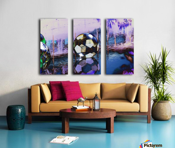 Large water ball. Split Canvas print