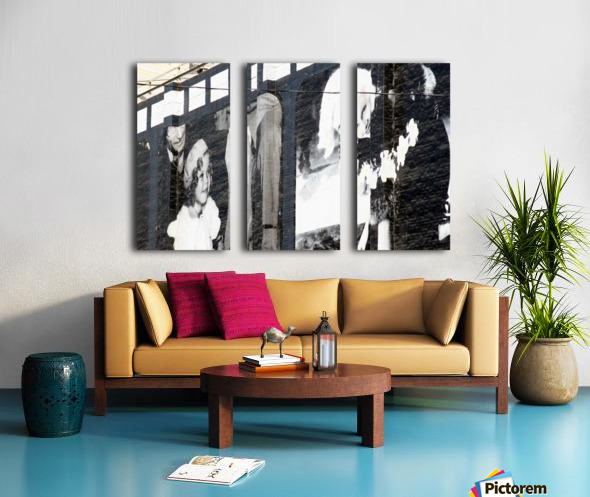 Wall with Shirley and Mae Split Canvas print