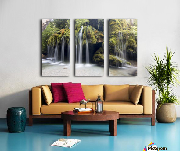 Capelli di Venere waterfalls Split Canvas print