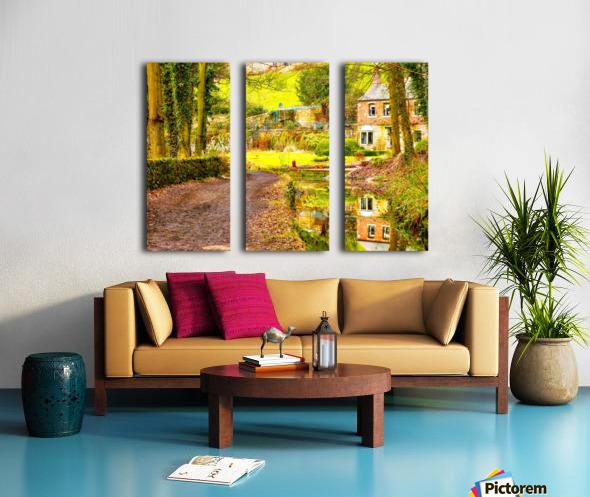 Reflective canal corner Split Canvas print