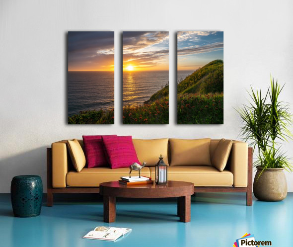 Glorious Light Split Canvas print