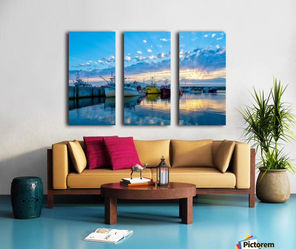Ready for Crabbing Split Canvas print