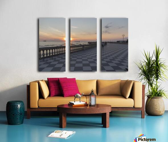 Tramonto a Livorno Split Canvas print