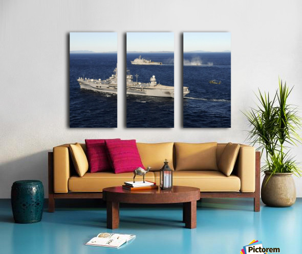 USS Blue Ridge conducts flight operations in the Coral Sea while underway with  USS Germantown. Split Canvas print