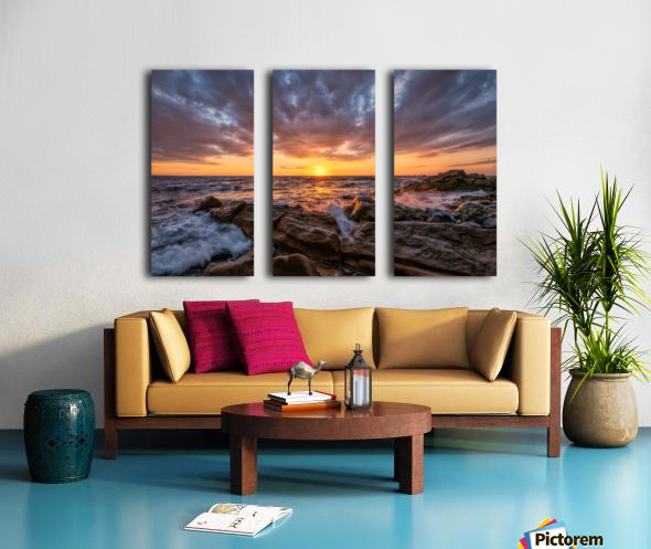 Glorious Split Canvas print