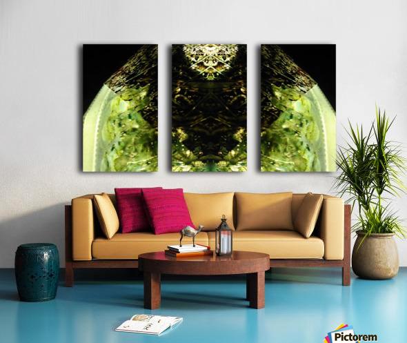 1538532606811 Split Canvas print