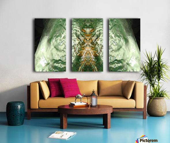 1539057273179 Split Canvas print