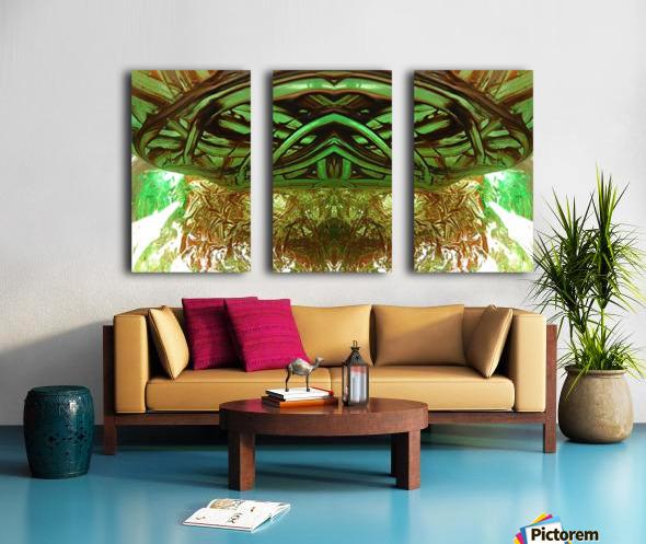1539065722889 Split Canvas print