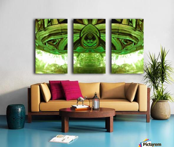 1539065660892 Split Canvas print