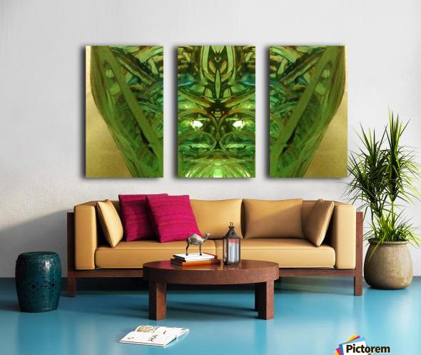 1539065980631 Split Canvas print