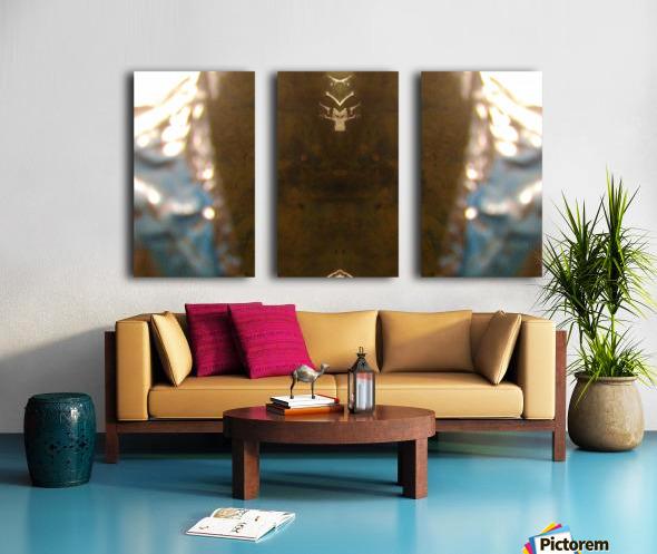 1539412796715 Split Canvas print