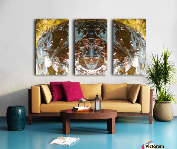 1539413260943 Split Canvas print