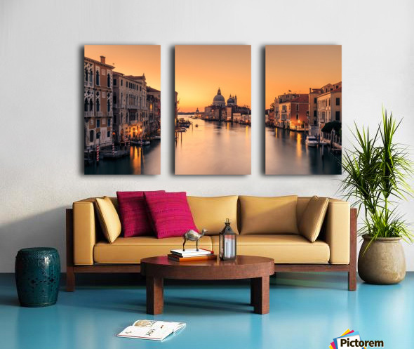 Dawn on Venice Split Canvas print