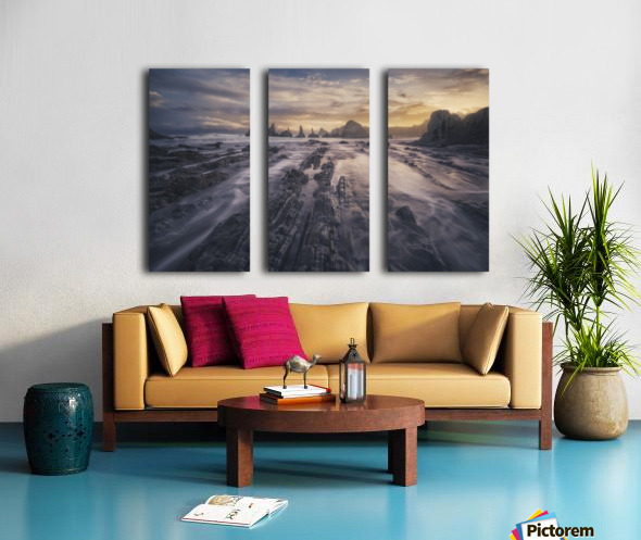 Gueirua lights Split Canvas print