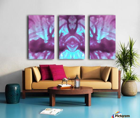 1541276415689 Split Canvas print