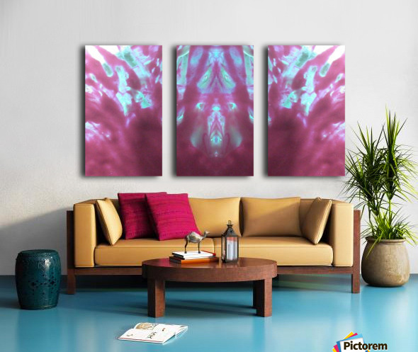 1541275935009 Split Canvas print