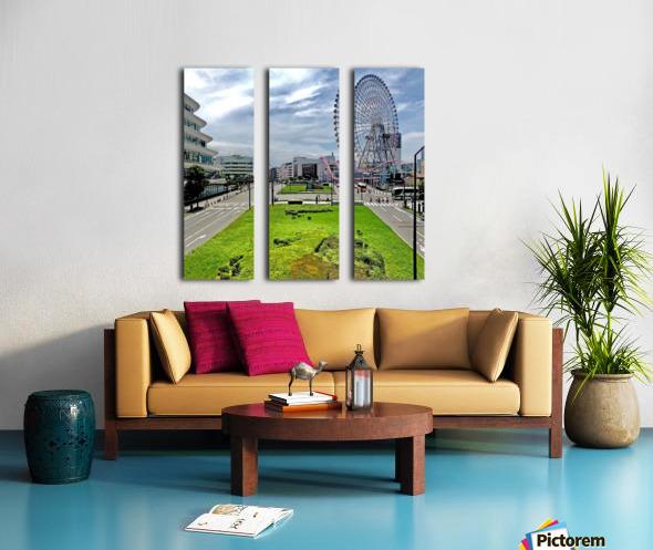 Yokohama Split Canvas print