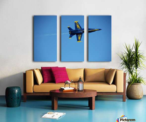 Single USN Blue Angel Flying Split Canvas print