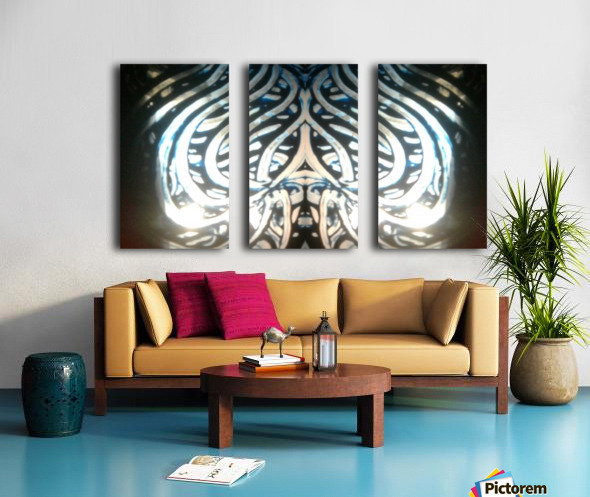 1544809674654 Split Canvas print
