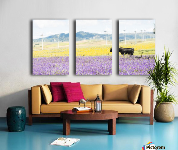 BULL AMONGST FLOWERS Split Canvas print