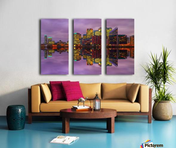 LON 008 Canary Wharf Reflection  Split Canvas print