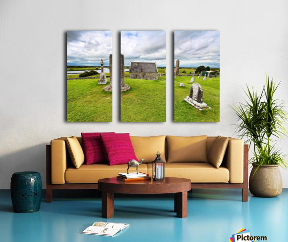 OY 002 Clonmacnoise Split Canvas print