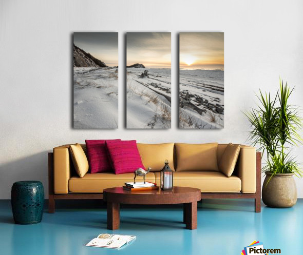 Crisp Nights Split Canvas print
