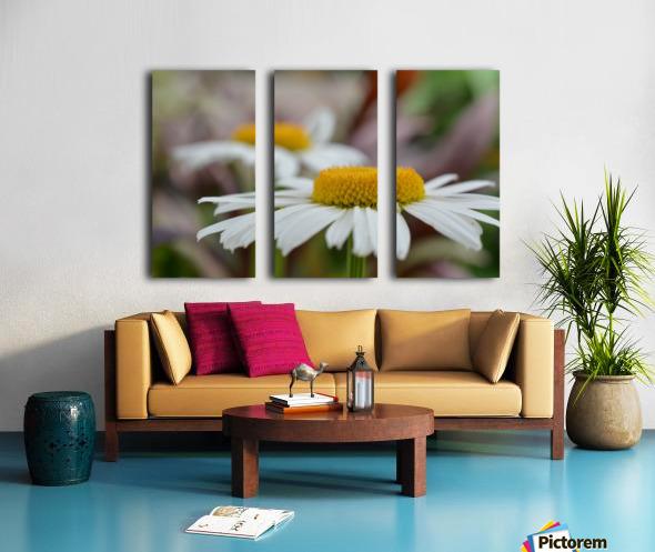 White Flower Photograph Split Canvas print