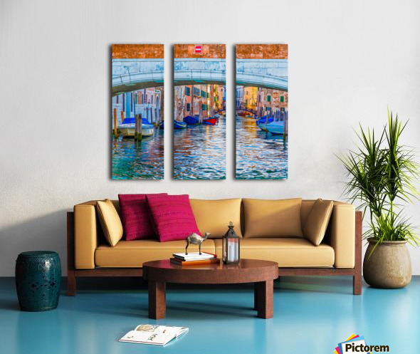Afternoon Light in Venice Canal Split Canvas print