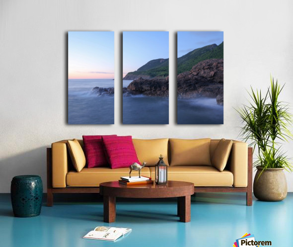 Mystic Water Split Canvas print