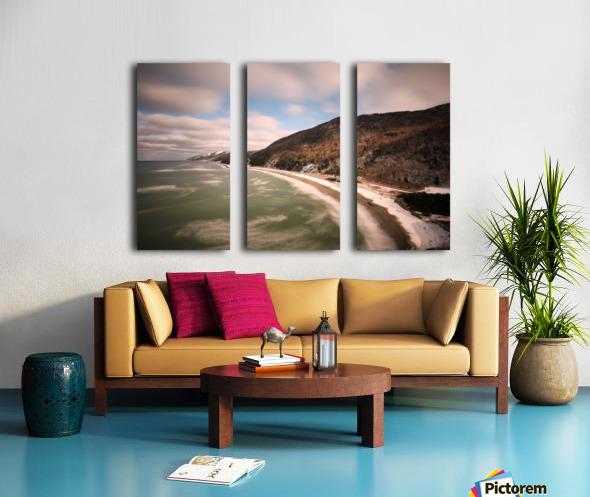 White Shoreline Split Canvas print