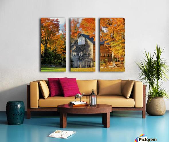 Barn in Autumn Split Canvas print