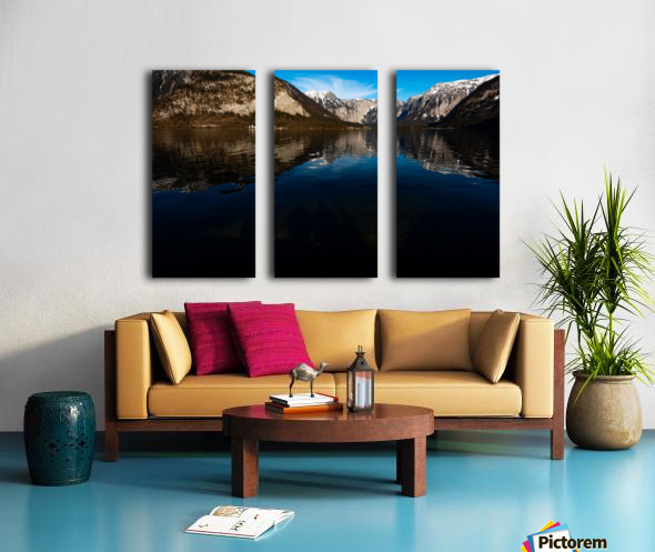 Beautiful Blue Split Canvas print
