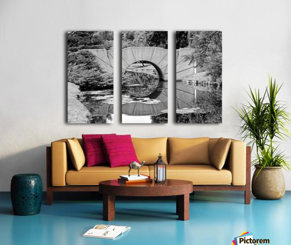 Reflecting Bridge Dow Gardens BW 062618 Split Canvas print