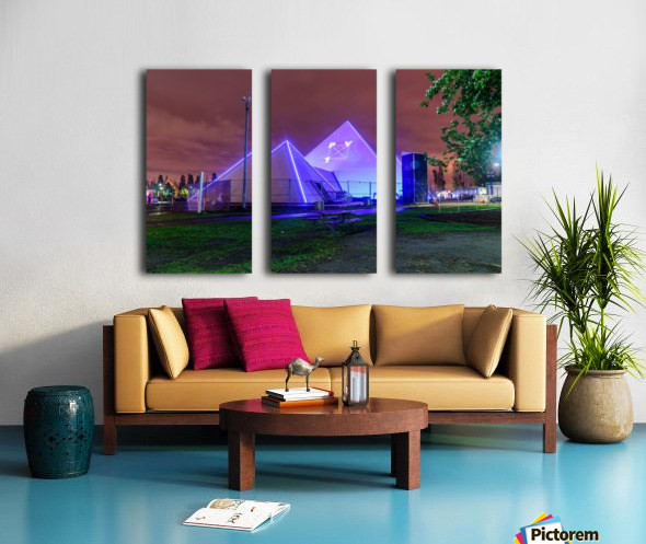 PY1 Montreal Split Canvas print