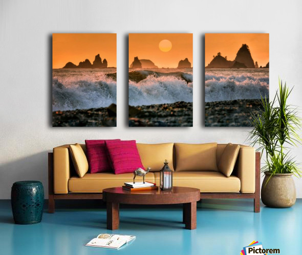 Sea Stacks at Rialto Beach Split Canvas print