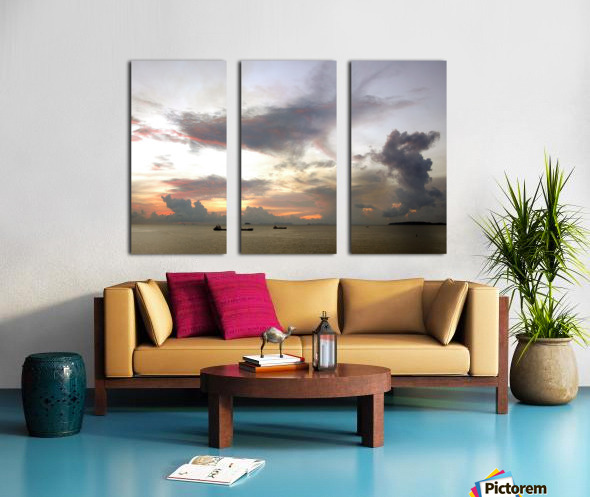 Loving Couples Split Canvas print