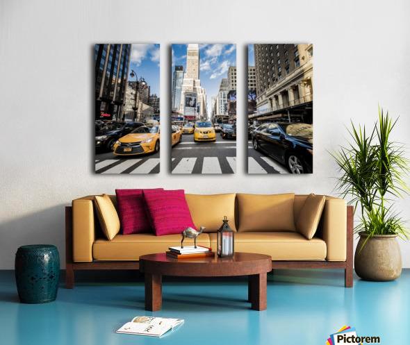 New York City Taxi Mayhem  Split Canvas print
