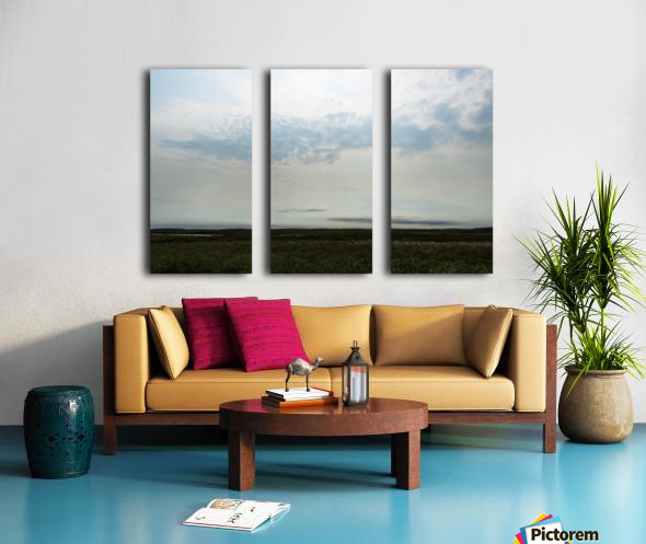 Bright sky in Tuktoyaktuk Split Canvas print