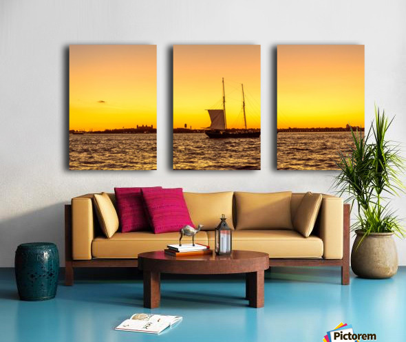 Sunset over the NY harbor Split Canvas print