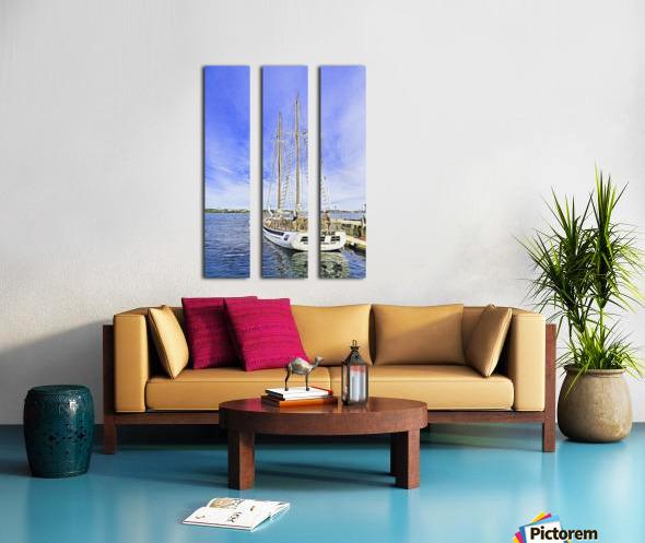Mar Sailboat in Halifax Split Canvas print