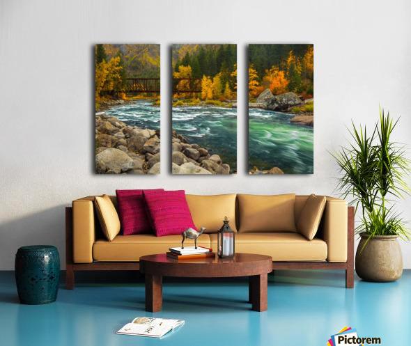 Emerald Flow Split Canvas print