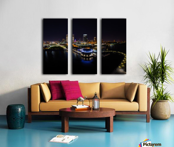 Milwaukee Circle of Lights Split Canvas print