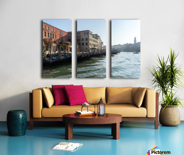Classic Venetian - Glossy Gondolas And Ripples On The Grand Canal Split Canvas print