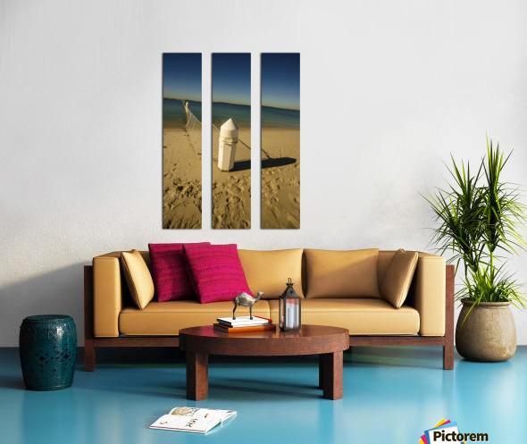 Shark Net Corner Post Perspective Brighton le Sands Australia. Split Canvas print