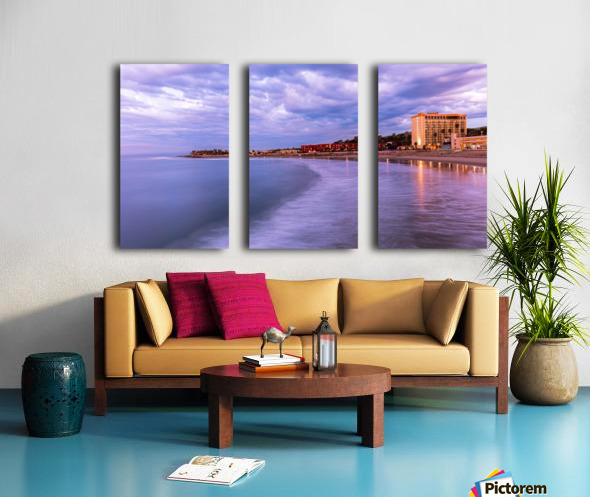 Icy Split Canvas print