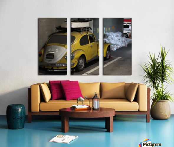 Punch Buggy Yellow No Punchbacks Split Canvas print