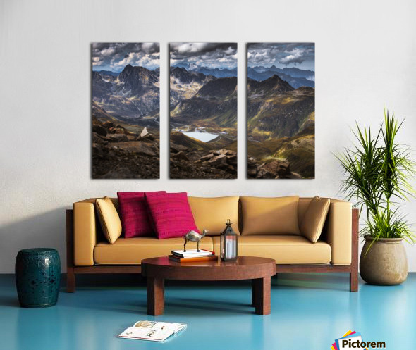 Surrounded by mountains Split Canvas print