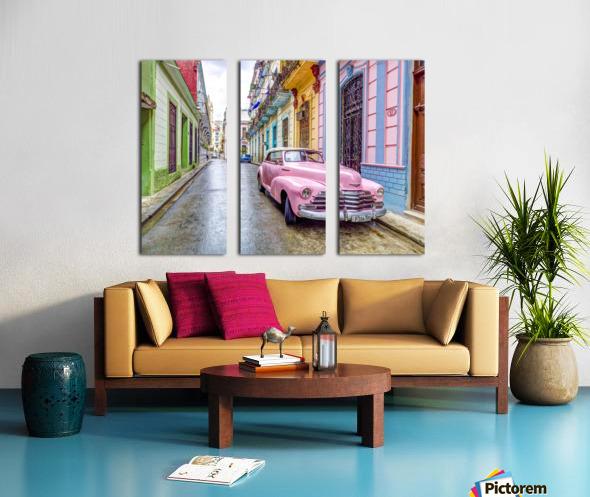 Vintage car on street of Havana, Cuba Split Canvas print